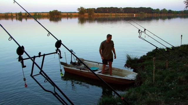 A horgász fogási naplók leadási határidejére és fogási tilalmakra figyelmeztet a Nébih