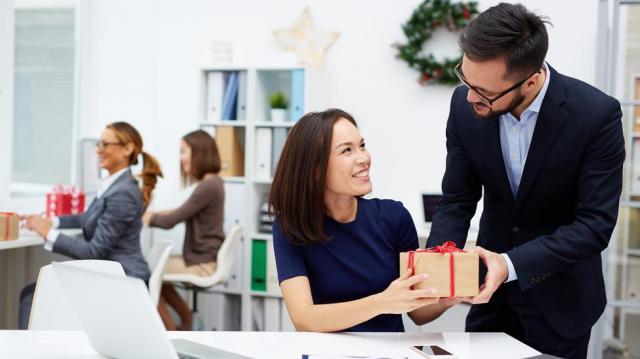 Ajándékok a dolgozói juttatások között