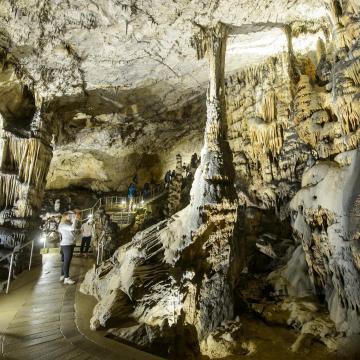 Kampánnyal népszerűsítik a hazai barlangokat