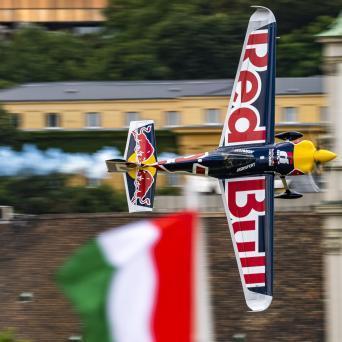 Nem Keszthely, hanem Zamárdi rendezi a Red Bull Air Race magyar futamát