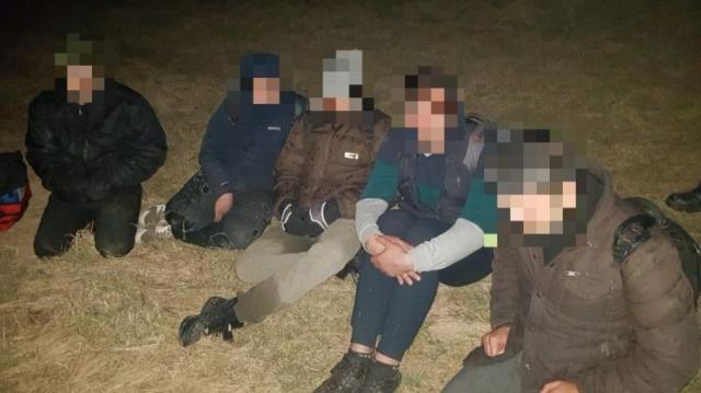Öt illegális migráns Kiszombornál