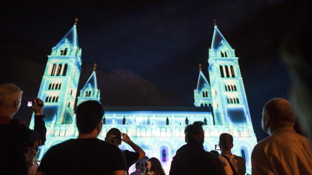 Április elsejéig lehet jelentkezni a Zsolnay Fényfesztivál mapping versenyére