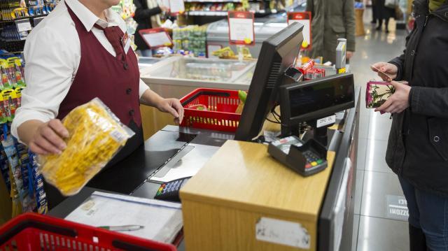 Márciusban megindul a fogyasztás növekedése