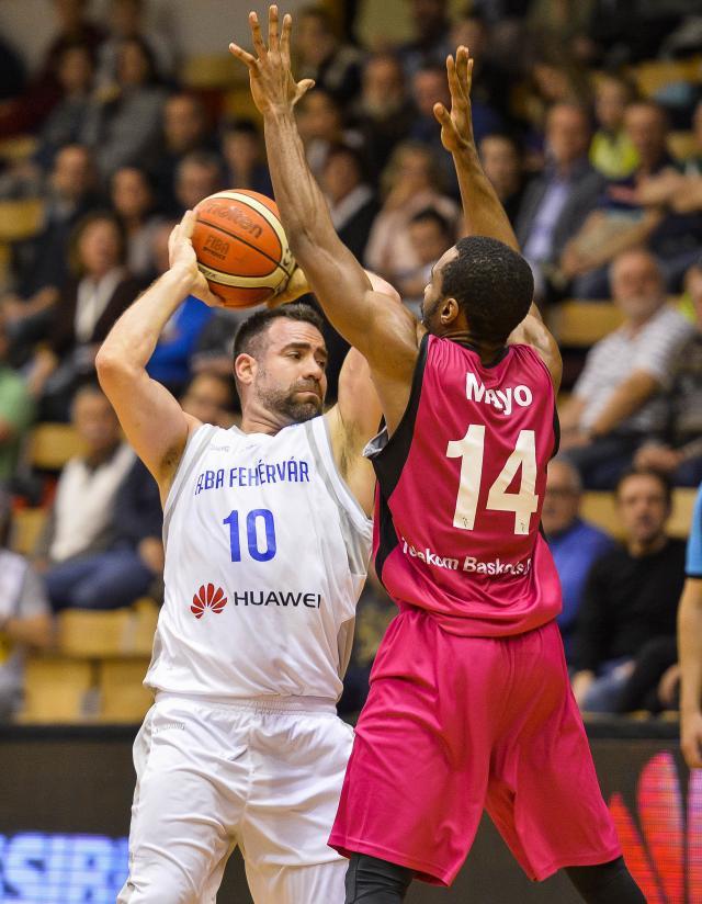 Negyeddöntőben az Alba