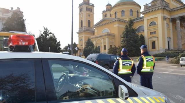 Rendőri forgalomirányítás Egerben