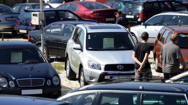 Az autót terhelő jogoknak is utána kell nézni a használtautó-vásárlásnál