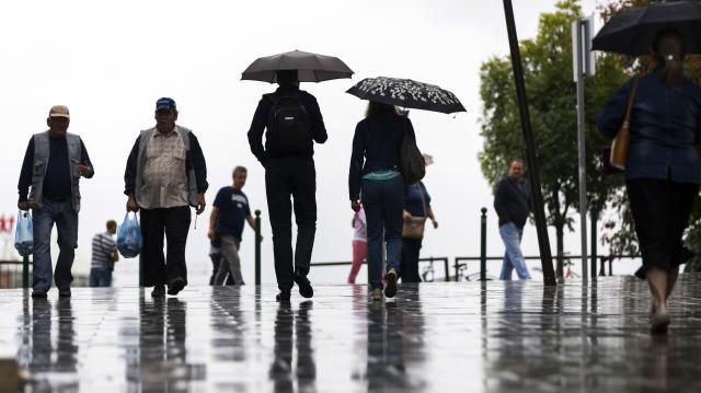 Lehűlés, zápor és viharos szél érkezik a héten
