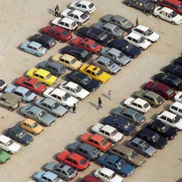 Meglendíti az autópiacot a nagycsaládosok autótámogatása