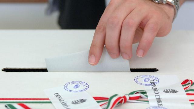 Polgármestert választanak vasárnap Romonyán