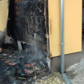 Rendőrök oltottak tüzet