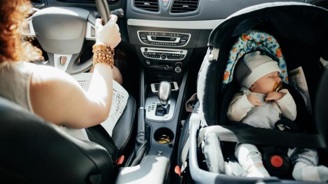 Több autó fogyhat a nagycsaládosok autótámogatásának köszönhetően