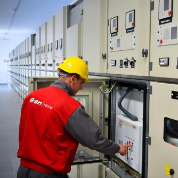 Átadták az E.ON legnagyobb áramhálózati beruházását Debrecenben