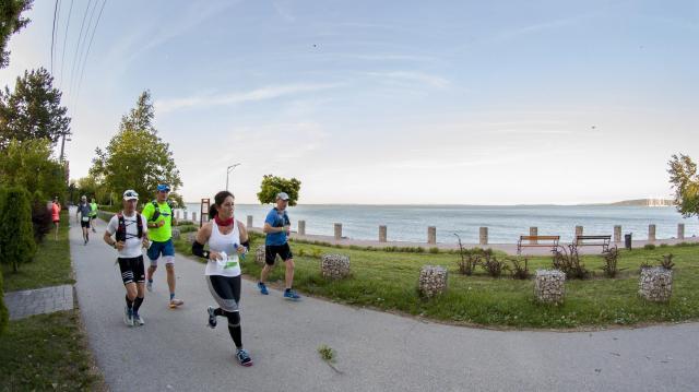 Beda Szabolcs és Cseke Lilla nyerte meg a Balaton Szupermaratont