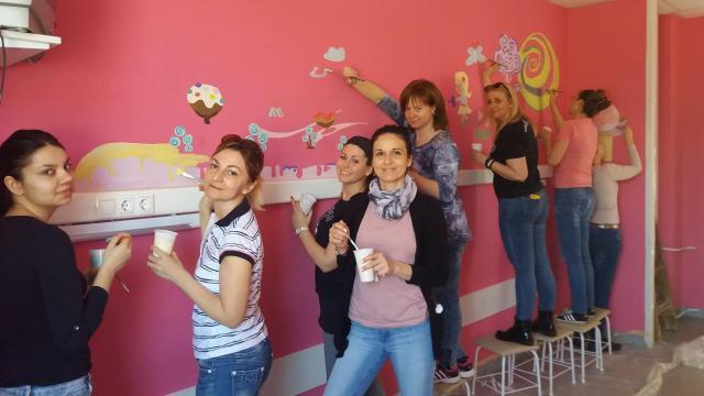 Egy hónap múlva megelevenednek a falak a Pécsi Gyermekklinikán