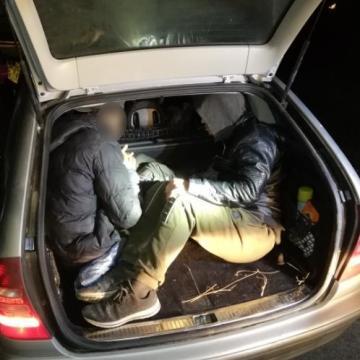Embercsempészt és migránsokat fogtak Baranyában