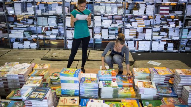 Idén ősztől is ingyenesen kapják a tankönyvet az 1-9. évfolyamos diákok