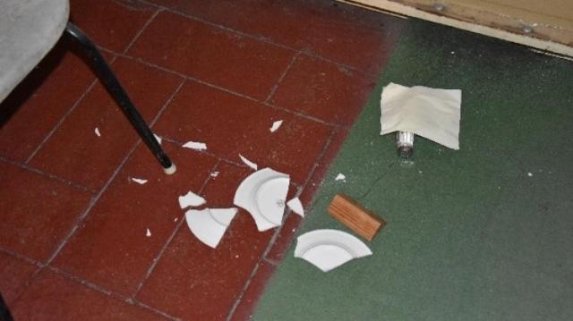 Siklósi étteremben tört-zúzott