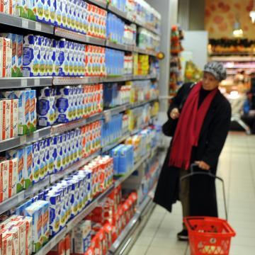 Az inflációt az élelmiszerárak emelték
