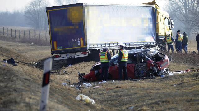 Baleset történt az M3-as autópályán Mezőkövesdnél