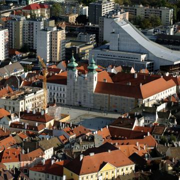Hat nagyszínpadi bemutató a Győri Nemzeti Színház következő évadában