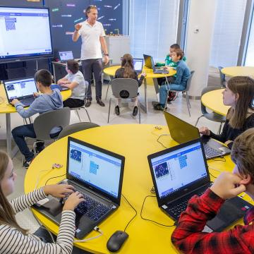 ITM: idén is megrendezik a digitális témahetet az iskolákban