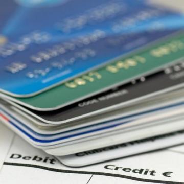 Jóval több a bankkártyás csalás