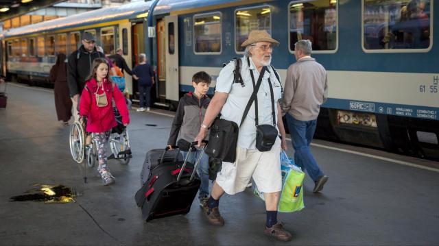 MÁV: több vasútvonalon változások léptek életbe