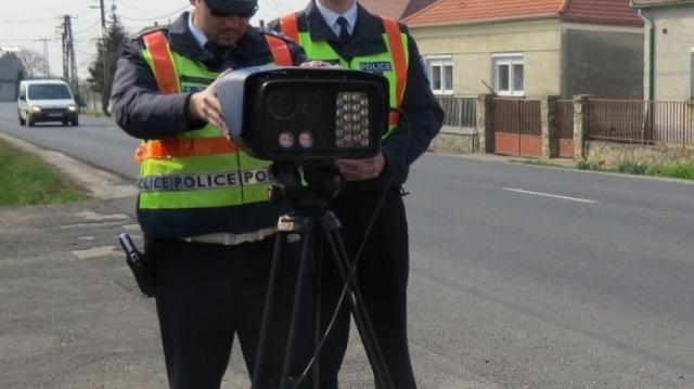 Százan 126 helyszínre tettek javaslatot sebességmérésre