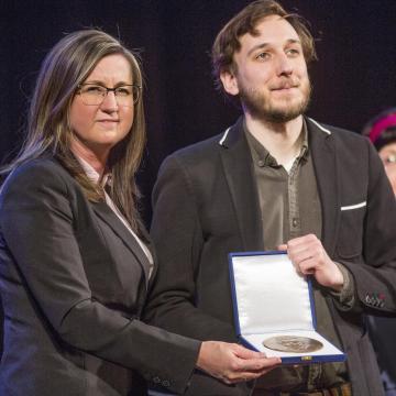 Vajna Ádám kapta idén a Makói Medáliák díjat