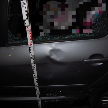 Autókat rongált Győr belvárosában
