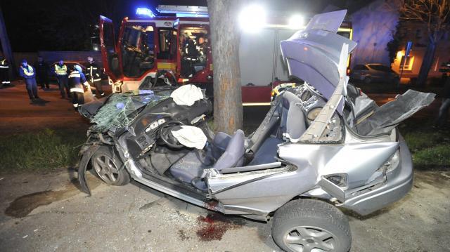 Fának csapódott autójával és meghalt egy férfi a XIII. kerületben