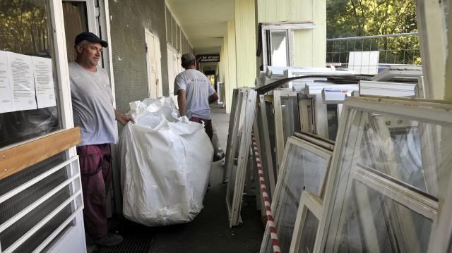 Két általános iskola felújítása fejeződött be Szegeden