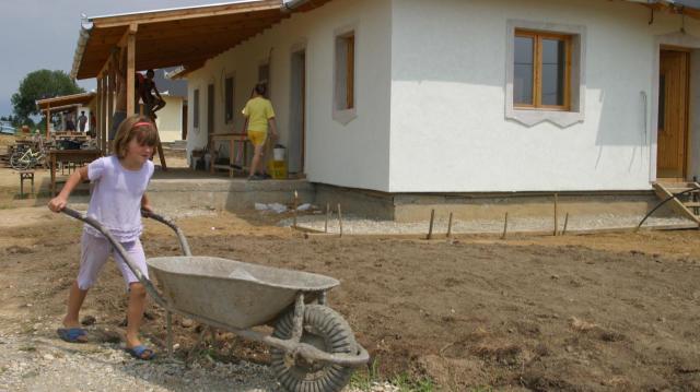 Közzétették a falusi csok támogatott településeinek listáját