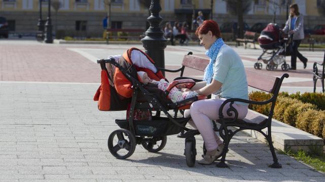 A kormány évről évre bővíti a családtámogatásokat
