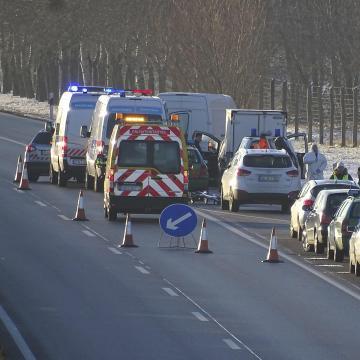 Életfogytiglanra ítélték az M5-ös autópályán történt emberölés elkövetőjét