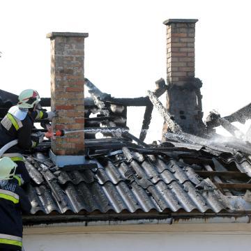 Lakástűzben meghalt egy ember Novajon