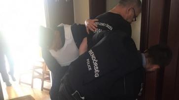 Letartóztatásban az áltestőr