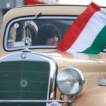Mezőkövesdtől Tokajon át Debrecenig tart az idei Mercedes-Benz-csillagtúra