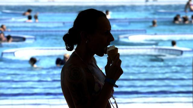Szombattól nem kell készpénz a strandi fagyihoz