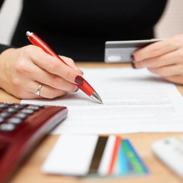 Pénzmosás elleni törvény: két hónap maradt az ügyfél azonosításra
