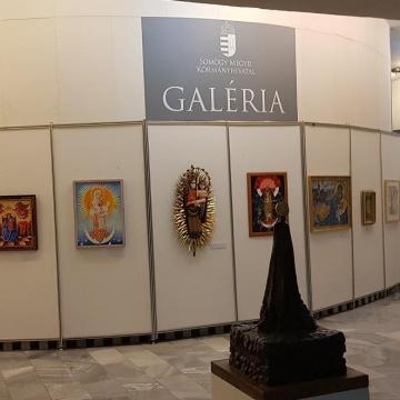 A hitet is szolgálja a kormányhivatal kiállítása