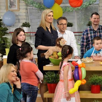 Borsodi gyerekek kapják a Család-barát csokoládé tévéjét