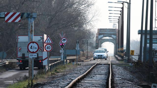 Szerdától újra lehet közlekedni a kiskörei Tisza-hídon