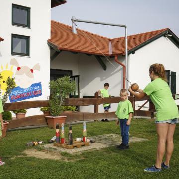 Több mint 215 ezer gyerek szeretne nyári táborba menni idén