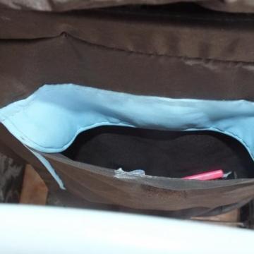 Babakocsiból lopta ki a pénztárcát