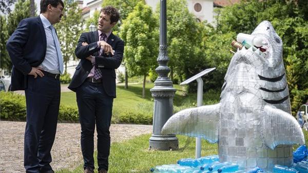 Áder János látogatást tett a gödöllői Nemzetközi Természetfilm Fesztiválon