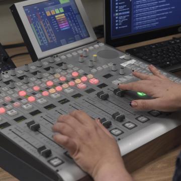 Rádiós frekvenciákról döntött a Médiatanács