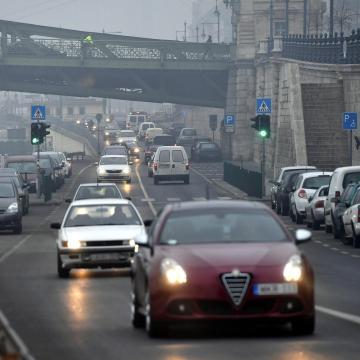 Tovább korlátoznák a szmogriadó idején használható gépjárművek körét