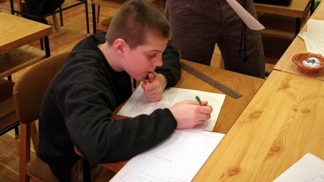 Hátrányos helyzetű gyerekeknek hirdetnek ösztöndíjpályázatot