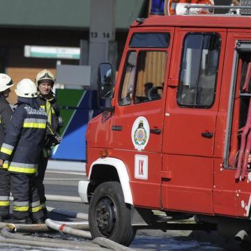 Holttestet találtak egy veszprémi társasházi tűz helyszínén
